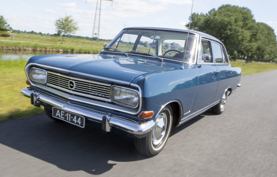 Auto Motor Klassiek, Opel Rekord